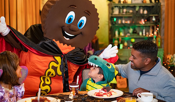 hershey characters dressed up for halloween