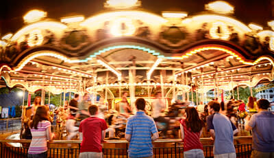 Hersheypark carrousel at night